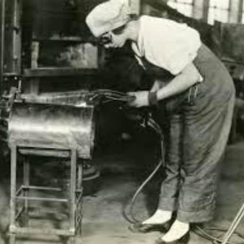 women welding